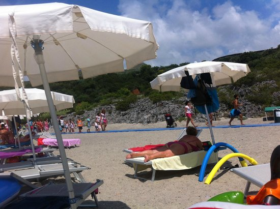Happy Village : spiaggia