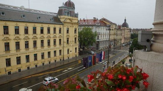 Esplanade Zagreb Hotel : View from Balcony