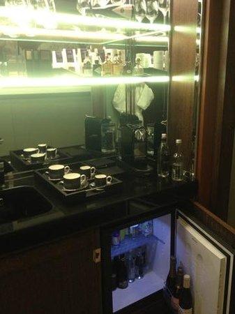 45 Park Lane - Dorchester Collection: мини бар