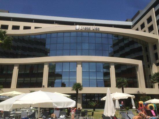 Enotel Lido Madeira : Façade intérieure de l'hôtel