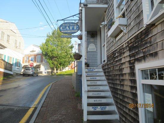Bridge Street Cafe: stairway