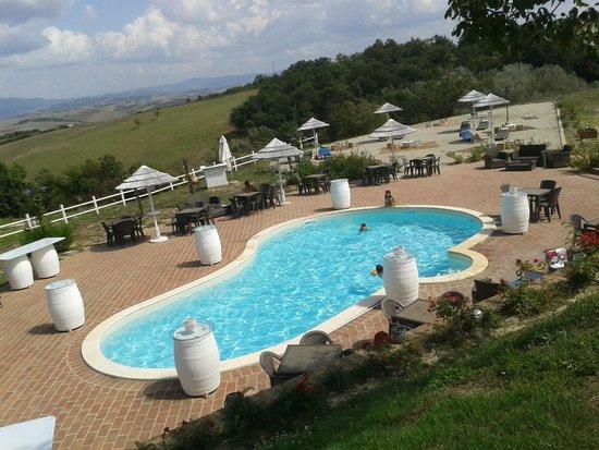 La Vallata: La piscina