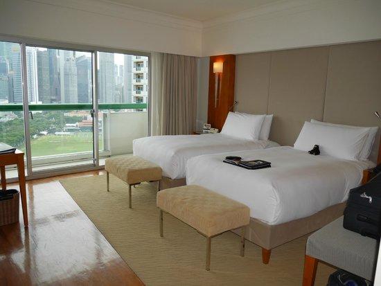 Executive Club room South Tower, Fairmont Singapore