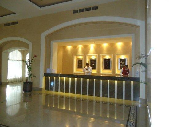 Jaz Oriental Club: La hall