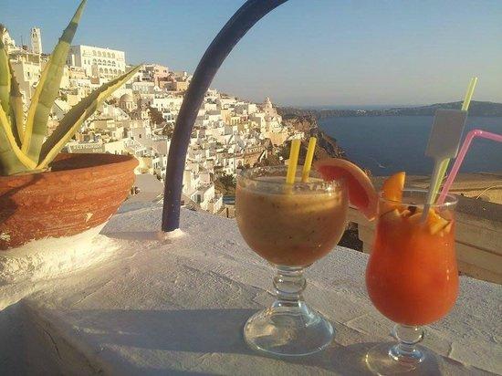 Franco's Bar : Drink freschi a frutta da 9€ l'uno