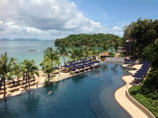 Grand seaview suite balcony picture of beyond resort for Design hotel krabi