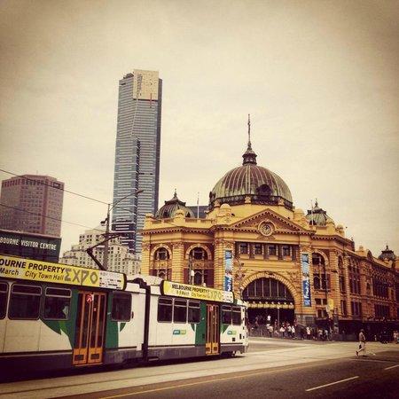 Flinders Street Station: An iconic landmark