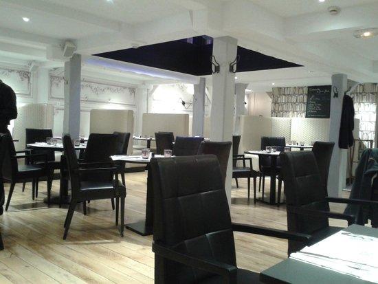 Omnia : restaurant