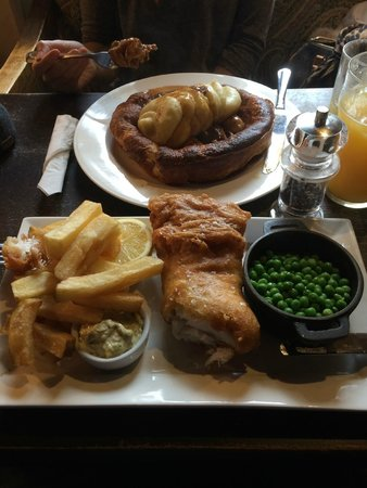 The Hoop Free House: Toad in the hole and Fish and Chips -  as good as it looks!!