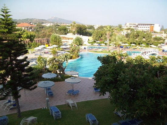 Electra Palace Rhodes : View of the pool from our room