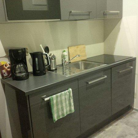 Sodispar Serviced Apartments: Kuchnia