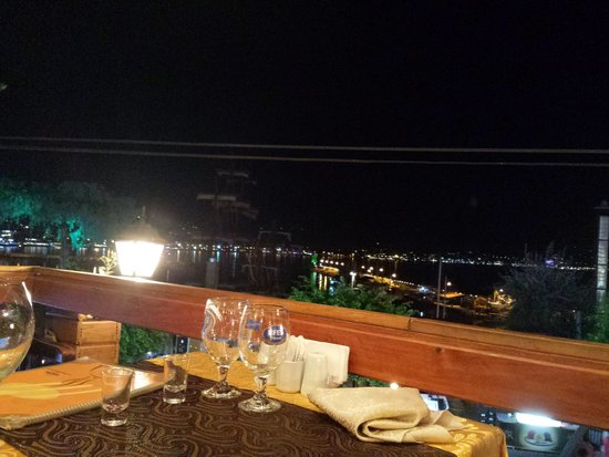 Iskele Sofrasi: View of the harbour from our dining table.