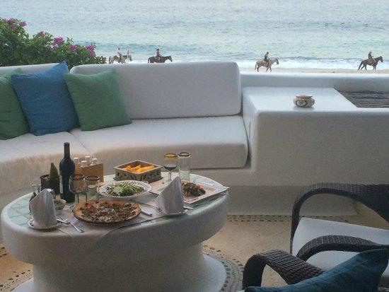 Las Ventanas al Paraiso, A Rosewood Resort : In suite dining