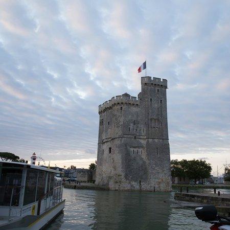 Vieux Port : Ла-Рошель, рассвет