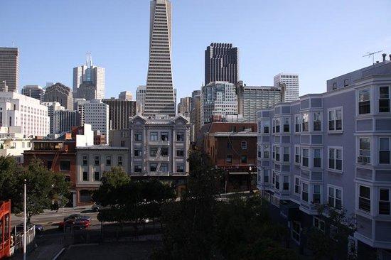 Green Tortoise Hostel - San Francisco: Terraza