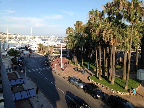 Radisson Blu 1835 Hotel & Thalasso: vue depuis le balcon de la chambre