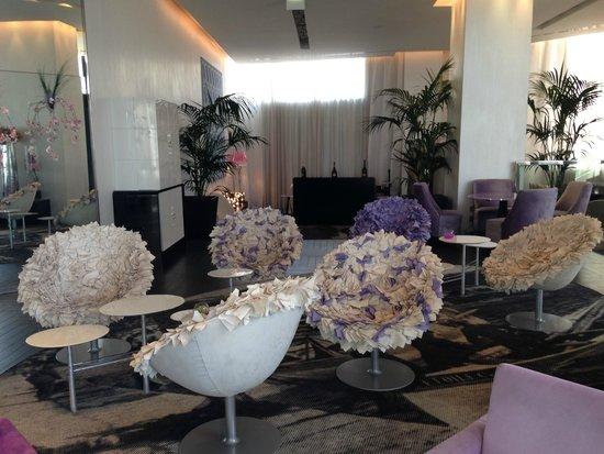 Radisson Blu 1835 Hotel & Thalasso : acceuil/reception