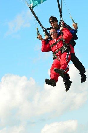 Parachutisme Nouvel Air: Le saut en tandem