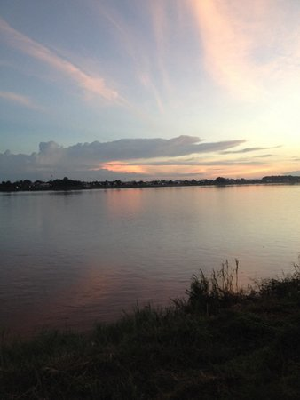 Beau Rivage Mekong Hotel : Tramonto sul Mekong, Vientiane