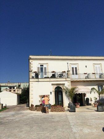 Hotel Principe di Fitalia: Hotel Vorderansicht