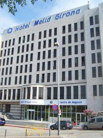 Melia Girona: Vue de l'entrée de l'hôtel