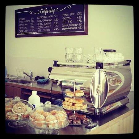 Wildpeak Coffee Shop: Schlemmer-Theke