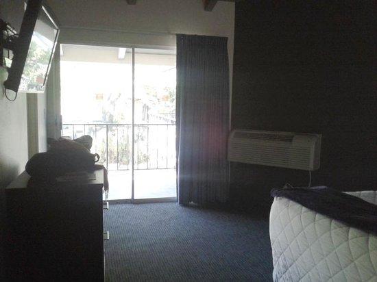 Orange Tree Inn: Room 1