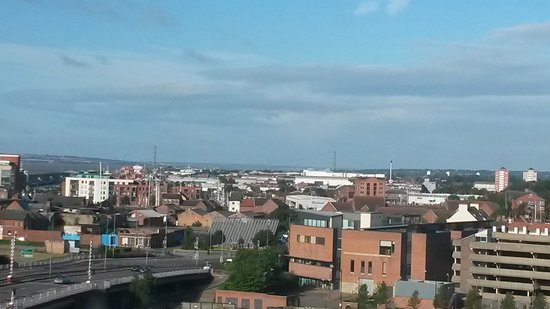 Premier Inn Hull City Centre Hotel: View from our bedroom window