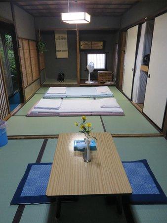Hida Takayama Zenkoji: Room - large one