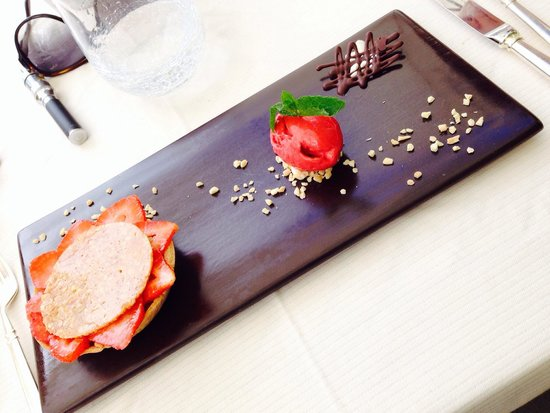 Le Grand Four : Tarte fraise rhubarbe
