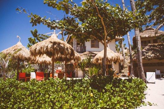 Tepanee Beach Resort : Chiringuito bar