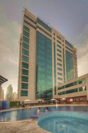 Marina View Hotel Apartments: Hotel Exterior