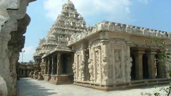 Hotel Mamalla Heritage : Famous Pallava and Chola cultural monuments