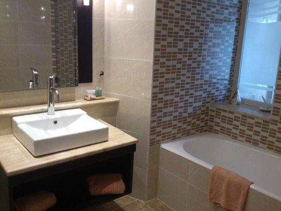 SENTIDO Aziza Beach Golf & Spa: bathroom