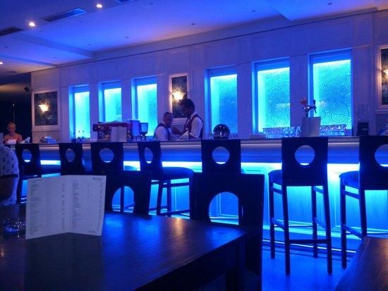 SENTIDO Aziza Beach Golf & Spa: Pub