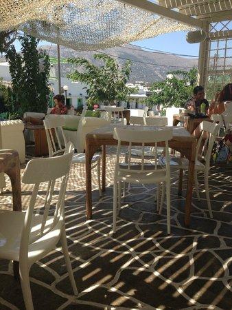 Smaragdi Hotel: smaragdi Bar / Restaurant