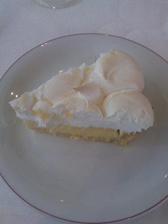 SENTIDO Aziza Beach Golf & Spa: Lemon Pie!