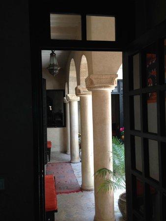 Dar Assalama: Colonnade
