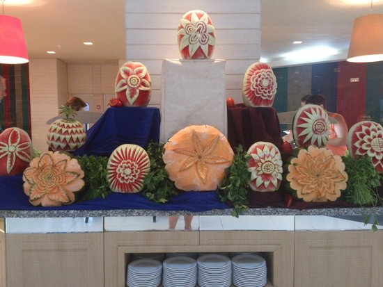 SENTIDO Aziza Beach Golf & Spa: Melon art