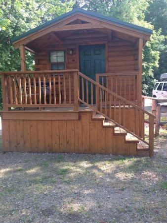 Asheville West KOA: Cabin