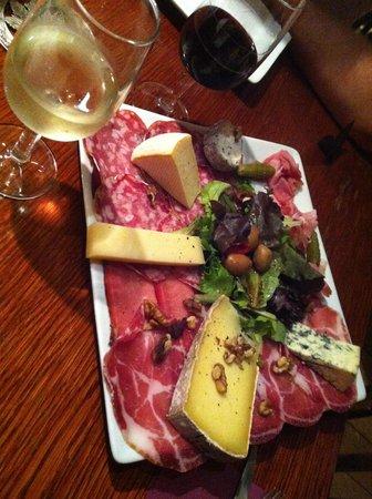 cave wilson: Assiette mixte