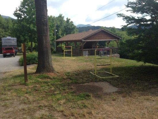 Asheville West KOA: Campground