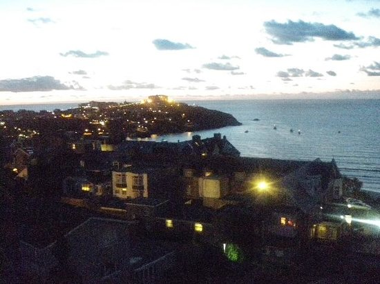 Legacy Hotel Victoria - Newquay: Night view