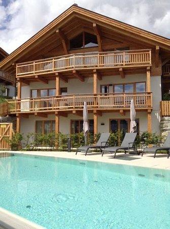 Hotel St. Peter De Luxe: swimming pool