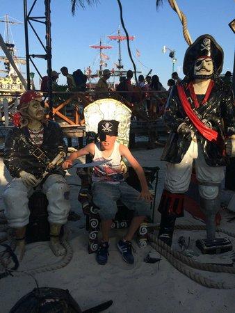 Captain Hook Barco Pirata Pirate Ship: Captain Hook