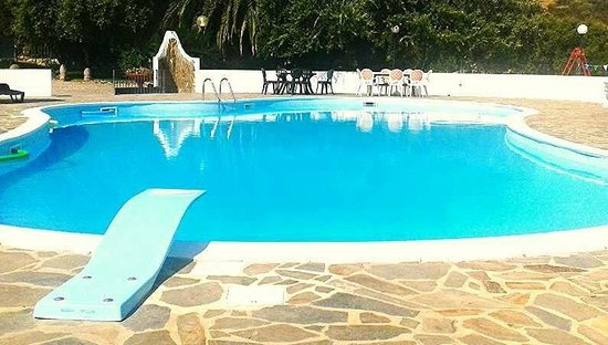 Hotel Il Castello: Piscina
