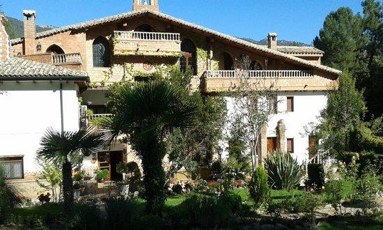 Hotel Rural Convento Santa Maria de la Sierra : fachada principal