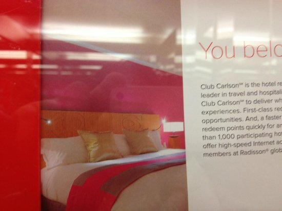 Park Inn by Radisson Cardiff City Centre: this is the picture of the rooms !! not !!