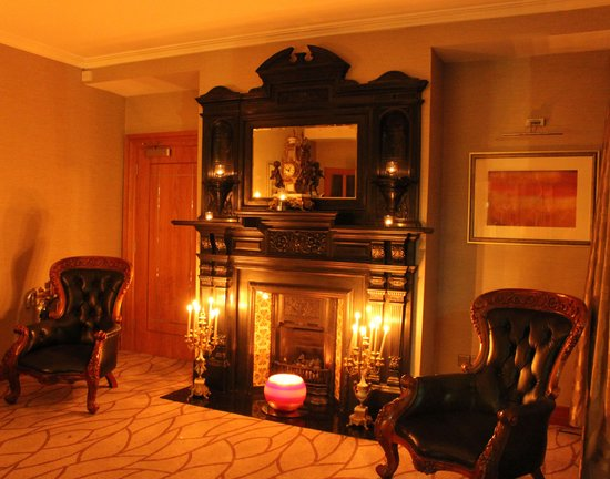 Malone Lodge Hotel & Apartments: Beautiful warm and welcoming hotel