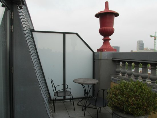 Hotel Des Indes, a Luxury Collection Hotel : Balcony from Room 405 (Junior Suite) at Hotel Des Indes